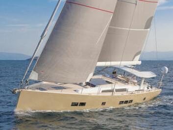 SEIL: Båten leveres med to rulleseil. En selvslående kryssfokk, og et stort sløreseil.