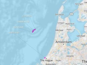 AIS: Båtene ligger utenfor Nederland, en av båtene har tatt en sving inn til land.