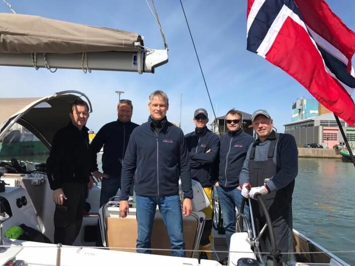 UTVILTE: Mannskapet på «Skomvær» gikk vakter, og hadde kokk som kunne lage varm mat i høy sjø.