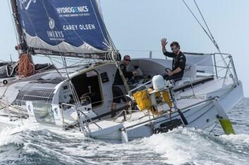 LEDER: Phil Sharp satte rekord over Den Engelske Kanal i vinter. Han seiler med spanske Pablo Santurde som har vunnet regattaen før. De seiler en Mach 40 tegnet av samme konstruktør som står bak Seascape-båtene.