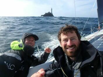 LEDER: Phil Sharp og Pablo Santurde i «Imerys» rundet Fastnet 3 timer før båt nummer to.