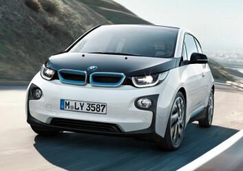 TEKOLOGI: Katamaranen får batteriteknologi utviklet for BMW i3, Norges mest populære bil for øyeblikket.