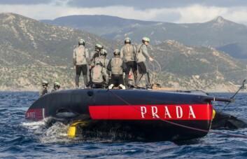 REDDET. Mannskapet klarte å berge verdifullt utstyr etter hendelsen.