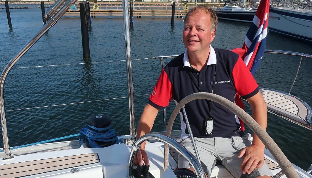 EL: Petter Antonsen bytter fra å selge elmotorer som tar båten sideveis til elmotorer som dytter båter fremover.