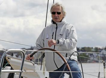 80: Stanley Paris blir 80 år når rekordforsøket starter. Han vil bli den eldste som seiler rundt jorda alene.