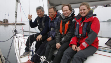 Bli med på praktisk båtførerprøve med tekst, bilder og video