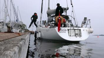 TILLEGGING: En god plan, og fordeling av oppgaver er nøkkelen til en perfekt tillegging. Å bruke et spring får båten til å ligge i ro inntil brygga.