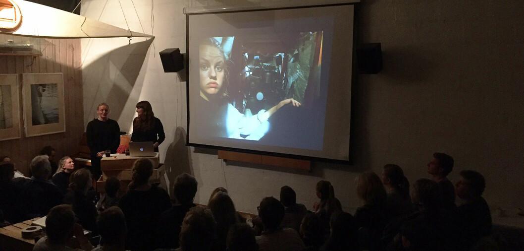 STINN BRAKKE: Det var fullt hus på Akershuskaia da Emilie Ørn Kreyberg og Elise Pernille Gryt fortalte om sine opplevelser på langtur.