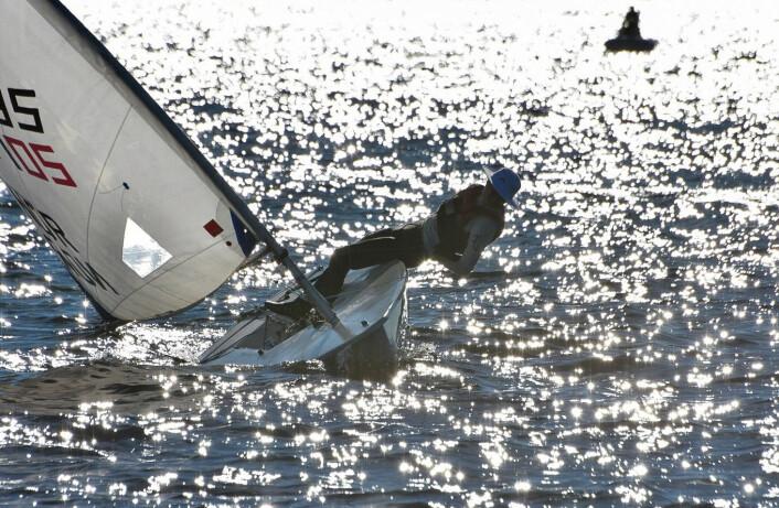 VIND: Den ustabile vinden var utfordrende for Tønsberg Seilforening.