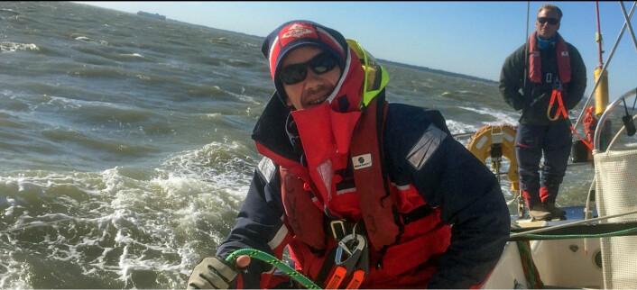 ROLLER: Stian hadde mange roller om bord i «PSP Logistics». Han har både vært vaktleder og han har arbeidet på baug og ror. 32-åringen har vært yngst i laget under hele regattaen.