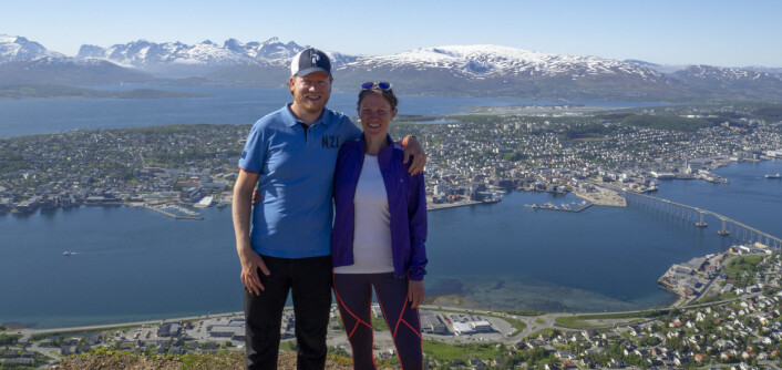 VENDEPUNKT: Marianne og Daniel på Storsteinen i Tromsø.