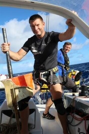 REPP: Svenske «Talanta» måtte bytte ror fra babord side til styrbord etter at det ene rorbladet ble skadet.
