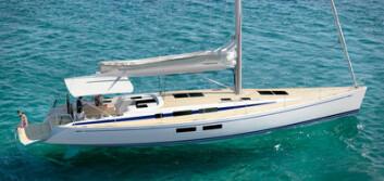NOSTALGI: Swan 54 har formspråk fra verftets glanstid, men den nye 54-foteren har moderne løsninger, som faktisk har kopiert hekken til Bavaria. Dette blir en båt for turseiling og har storseilskjøtet på hyttedekk. ...