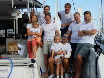ARC: Mannskapet på «Nemo» pluss familien dagen før avreise fra Las Palmas.