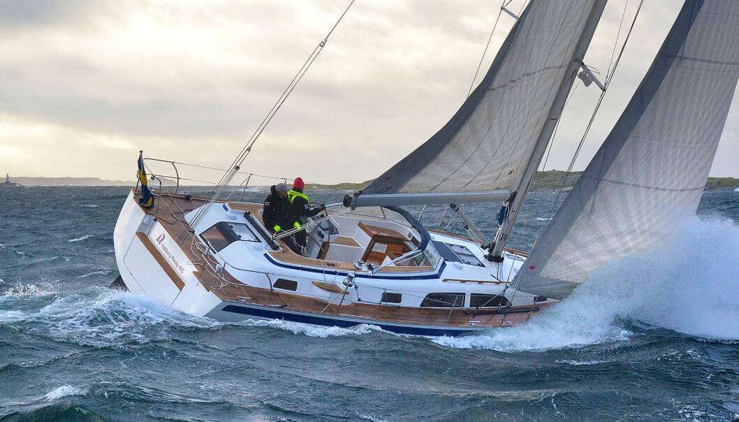 HALLBERG-RASSY 40C: En komfortabel og trygg båt.