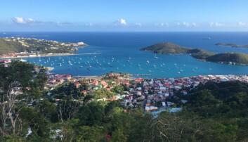 KARIBIA: Utsikt mot ankringsplassen i Charlotte Amailie på St Thomas