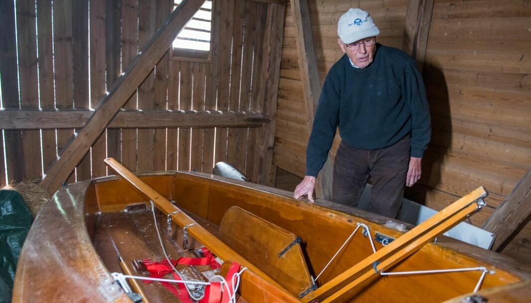 GAZELLE: Ole Withh konstruerte tomannsjollen Gazelle og på låven på gården Sønsterud hadde han en Gazelle bygd i finér.
