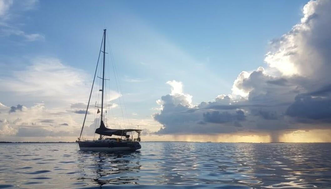 INDISKE HAV: Ankringsplassen til S/Y Mirabella på Gan, den sørligste atollen i Maldivene.