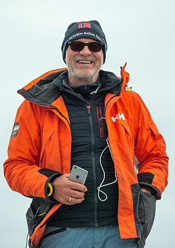 LANDSLAGSTRENER: Elevene ved Jeløy Folkehøyskole vil få den ypperste ekspertisen i sin seilopplæring gjennom tidligere landslagstrener Jan Steven Johannessen.
