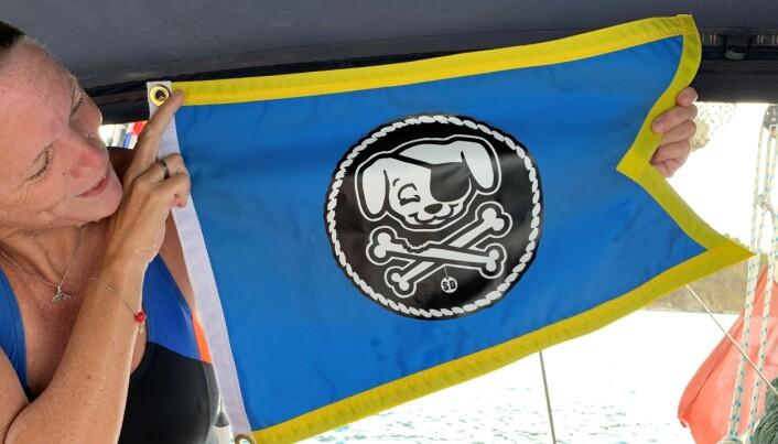 Vilja har meldt seg på til ralley fra Jomfruøyene til USAs østkyst; «The Salty Dawg Homeward Bound Flotilla». Vi har attpåtil kvalifisert oss til en plass på forbundets hedersliste over «Sjøulker i Verdensklasse»!