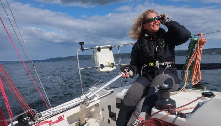 SEILGLEDE: Eira vil ha flere seilere til regattabanen og ser ut til å lykkes.