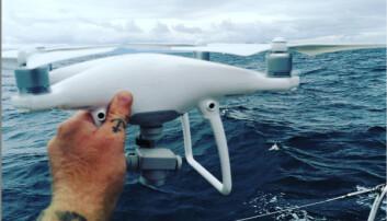 MISTET: Uten forvarsel styrtet Erik Aanderaas drone i havet.