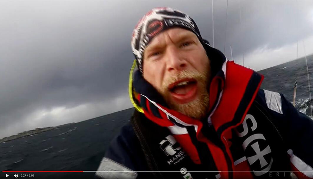 I STORM: Det er slik Eriks publikum elsker å se ham; ute på havet i kamp mot elementene i Contessa 35-en «Tessie».