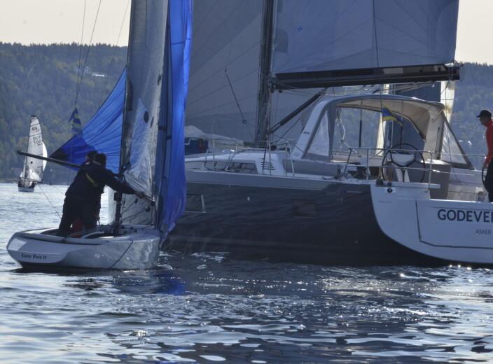 FORSKJELL: Skille er stort mellom feltets minste båt, RS 21 Elite og største , Oceanis 51.1