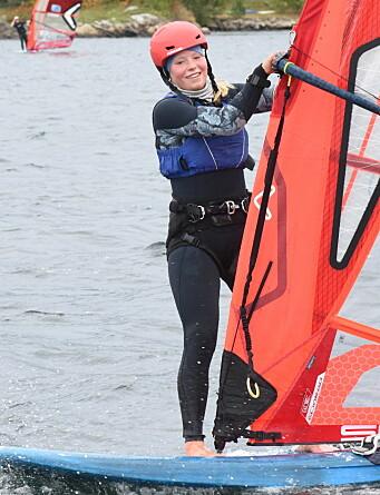 TALLENT: Oda Sverre er bare 16 år, men seiler mot seniorer.