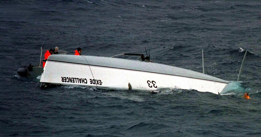 REDDET: Tony Bullimore reddet livet ved å oppholde seg inne i en luftboble om bord i sin kullseilte båt.