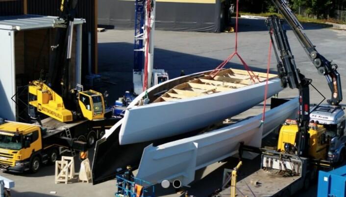 PLUGG: Støpeformen til 68-foteren er klar til å produsere båten i et begrenset antall.
