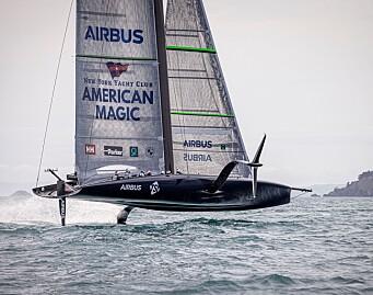 New York Yacht Club vil videre