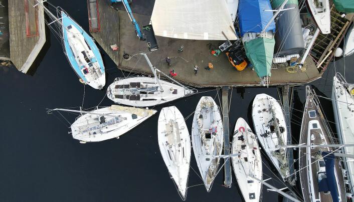 MILJØ: Kamperhaug har skapt et miljø for halvtonnere i Østfold, og skapt liv i gamle båter som var på vei mot skrothaugen.