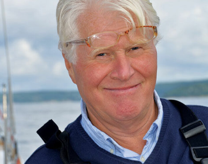 TELEFON: Mikkel Thommessen snakker hver uke med interessante seilere. Kanskje det blir deg neste gang.