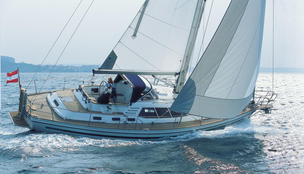 KLASSISK: Sunbeam har et konservativt skrog med klassisk hekk, men fritthengende ror og relativt kort kjøl.
