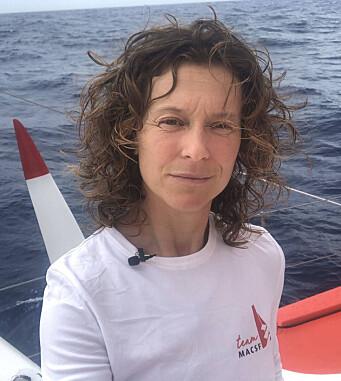 UTE: Isabella Joscke lå best av jentene, men er nå ute av regattaen.