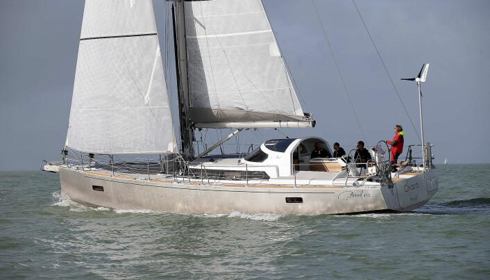 TRAKTOR: Boreal er kjent for bunn solide langturbåter i aluminium. Deres nyeste modell har fått en mer moderne cockpit, men den faste sprayhooden er beholdt.