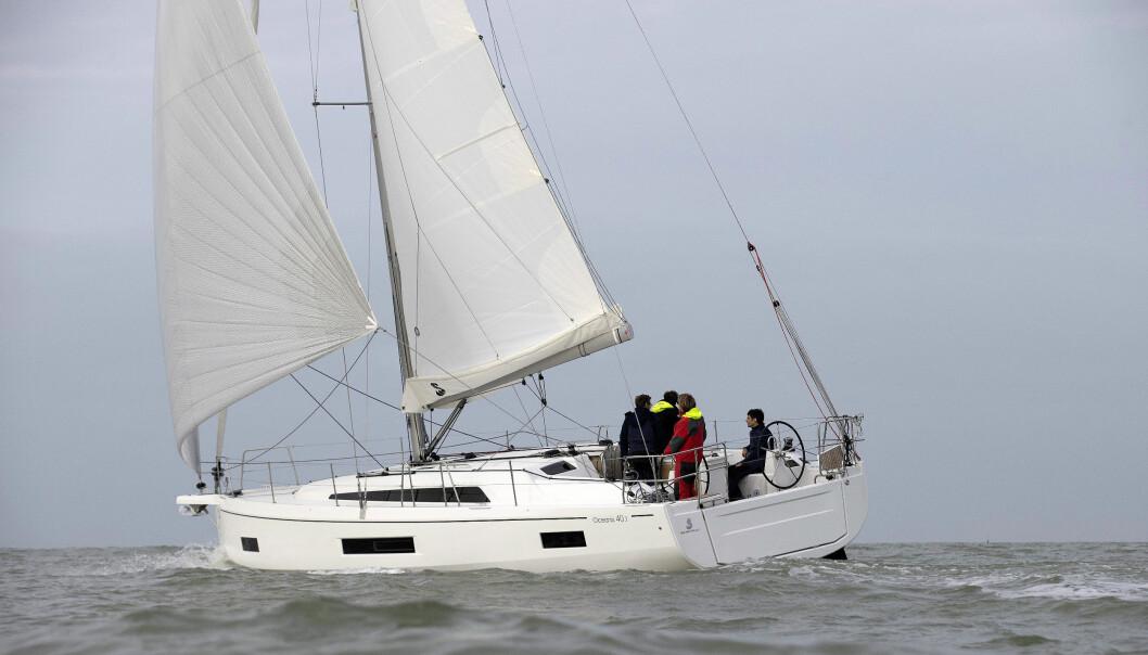 FRANSK: Vi importerer flest seilbåter fra Frankrike, her Beneteau_Oceanis_40.1
