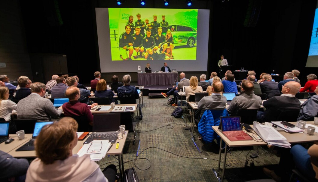 PÅ SKJERM: Denne gangen skal ikke delegatene på seiltinget sitte og se på en skjerm. På tidenes første digitale seilting vil de selv bli å se på hverandres skjermer.