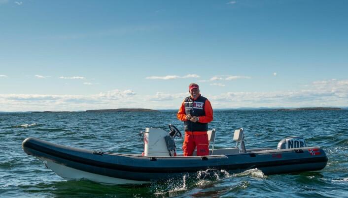 I RIB: Hvor mange timer Espen Guttormsen har tilbrakt i en RIB til glede for norske seilere, har han neppe tall på selv.