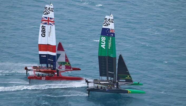 DUELL: Etter hvert stod det mellom Storbritannia og Australia hvor Ben Ainslie vant en knepen seier i finalen.