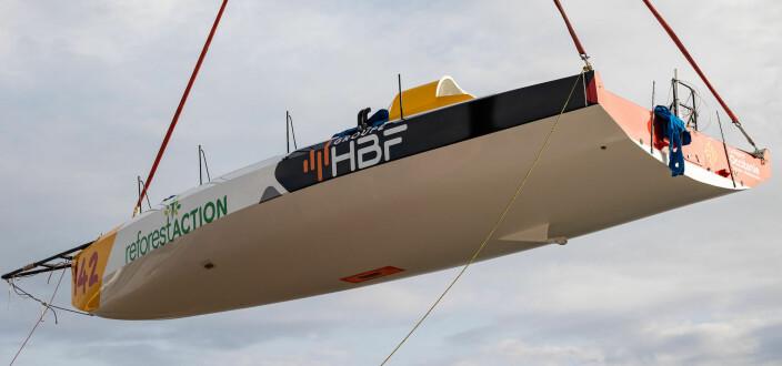 PROFIL: #142 har fått en skrogform mer på linje med de nyeste Class 40-båtene.