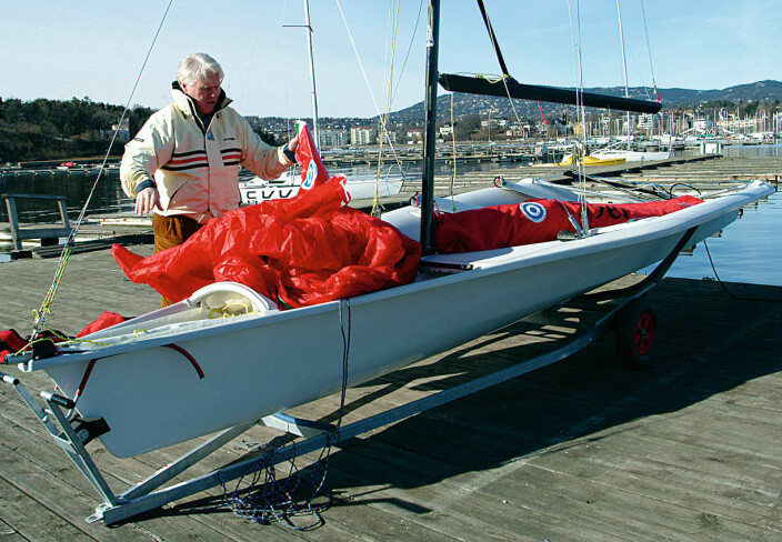 Båten trimmes på land, og vantene settes etter forholdene.