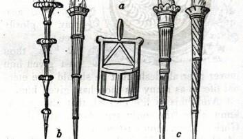 TIDLIGST: Den første lanterneavbildingen vi kjenner er fra Trajansøylen (år 113) i Roma. Skipslanternen i midten.