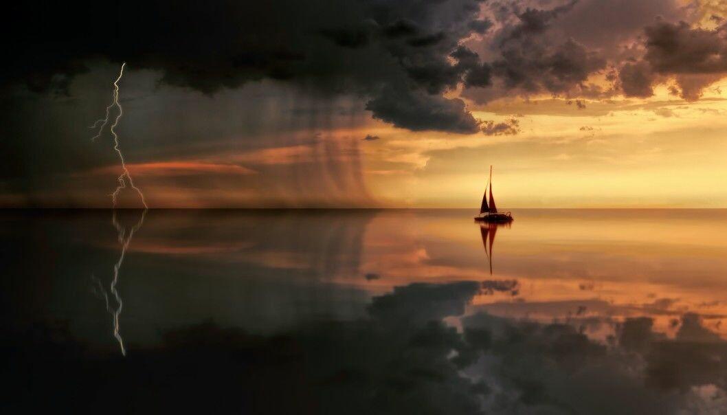 OVERTRO: Været har spilt en viktig rolle med overtro til sjøs gjennom historien. Foto: Johannes Plenio / Pexels