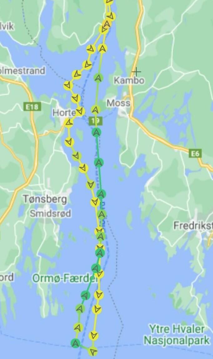 AIS: Sporet viser at «Proxflyer» holdt en direkte kurs fra Horten og inn til mål.