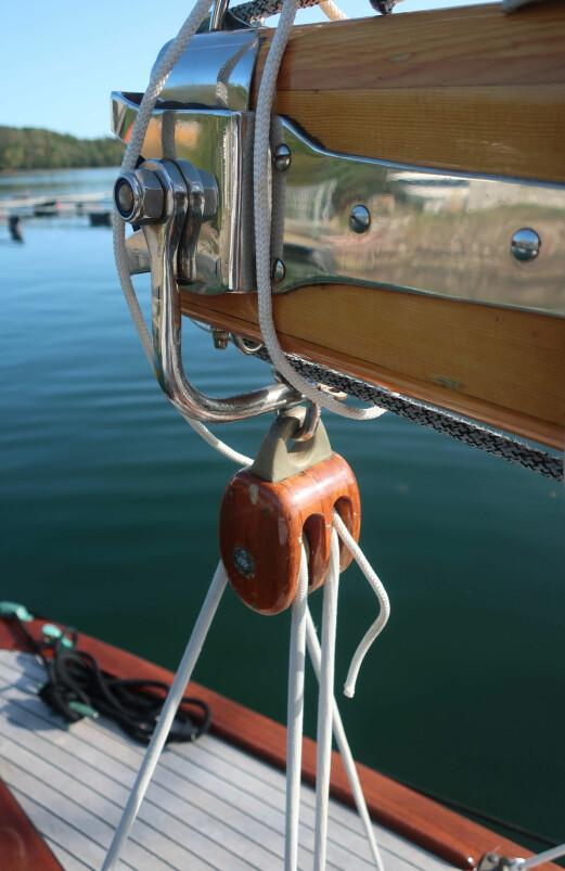 ELEGANT: Mange av båtens detaljer er spesialtilpasset.