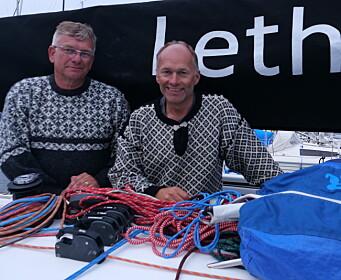 MELLOMSTE KLASSE: Øyvind og Morten Knudsen vant med First 34.7 «Lethe»