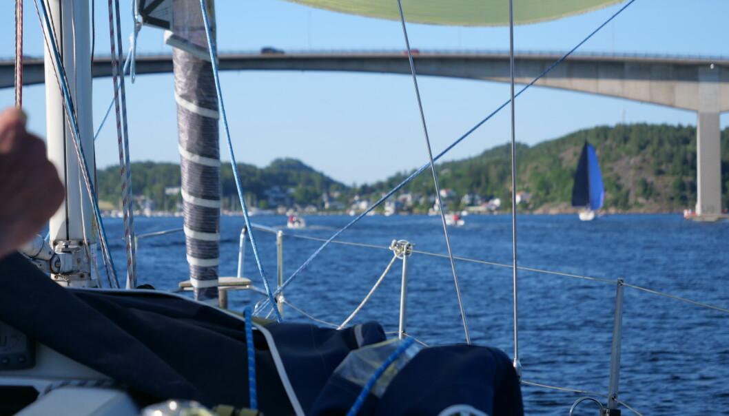 VRENGEN: Shorthanded regattaseiling gjennom Vrengensund ble en stor opplevelse for både deltagere og hyttefolk.