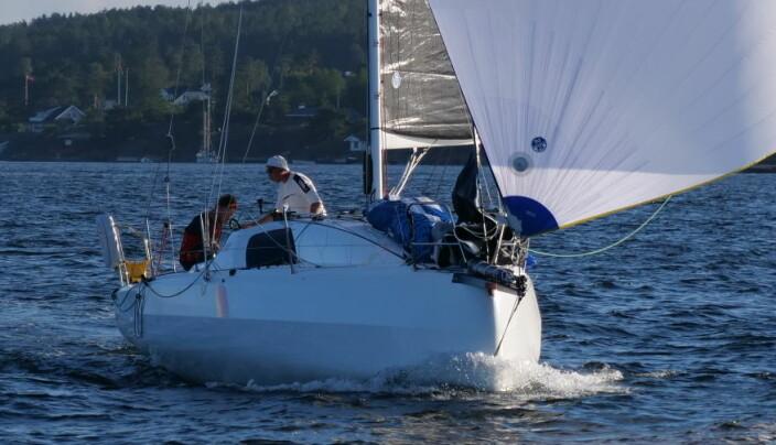 VINNER: «Hyrrokkin» med Hertzberg og Sandberg vant nok en regatta. Denne gangen den største klassen i Kaupangleden.